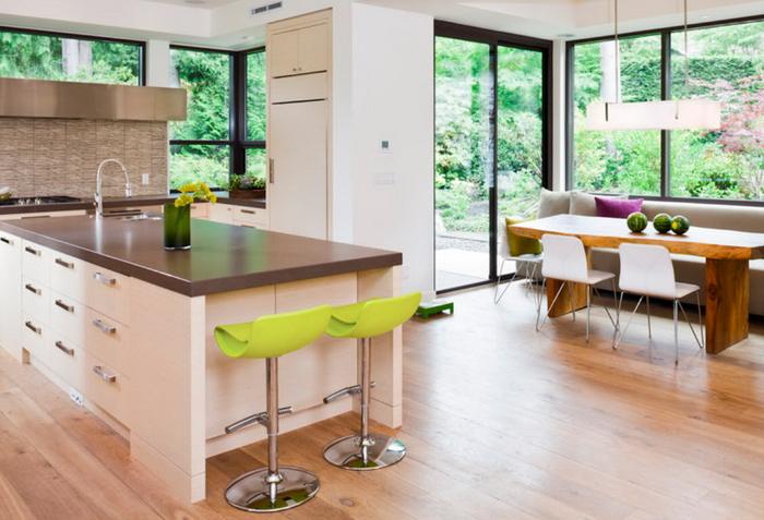 Окна на кухне: материалы